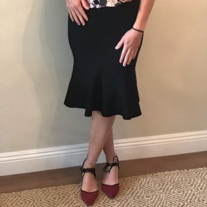 Black mid length flare BB Dakota xs skirt